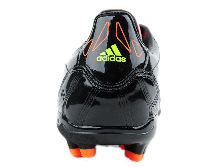 阿迪达斯adidas男鞋足球鞋-v23920